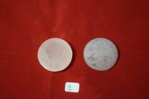 galet de quartz rose une face polie 2 Chrystina - Boutique Ésotérique